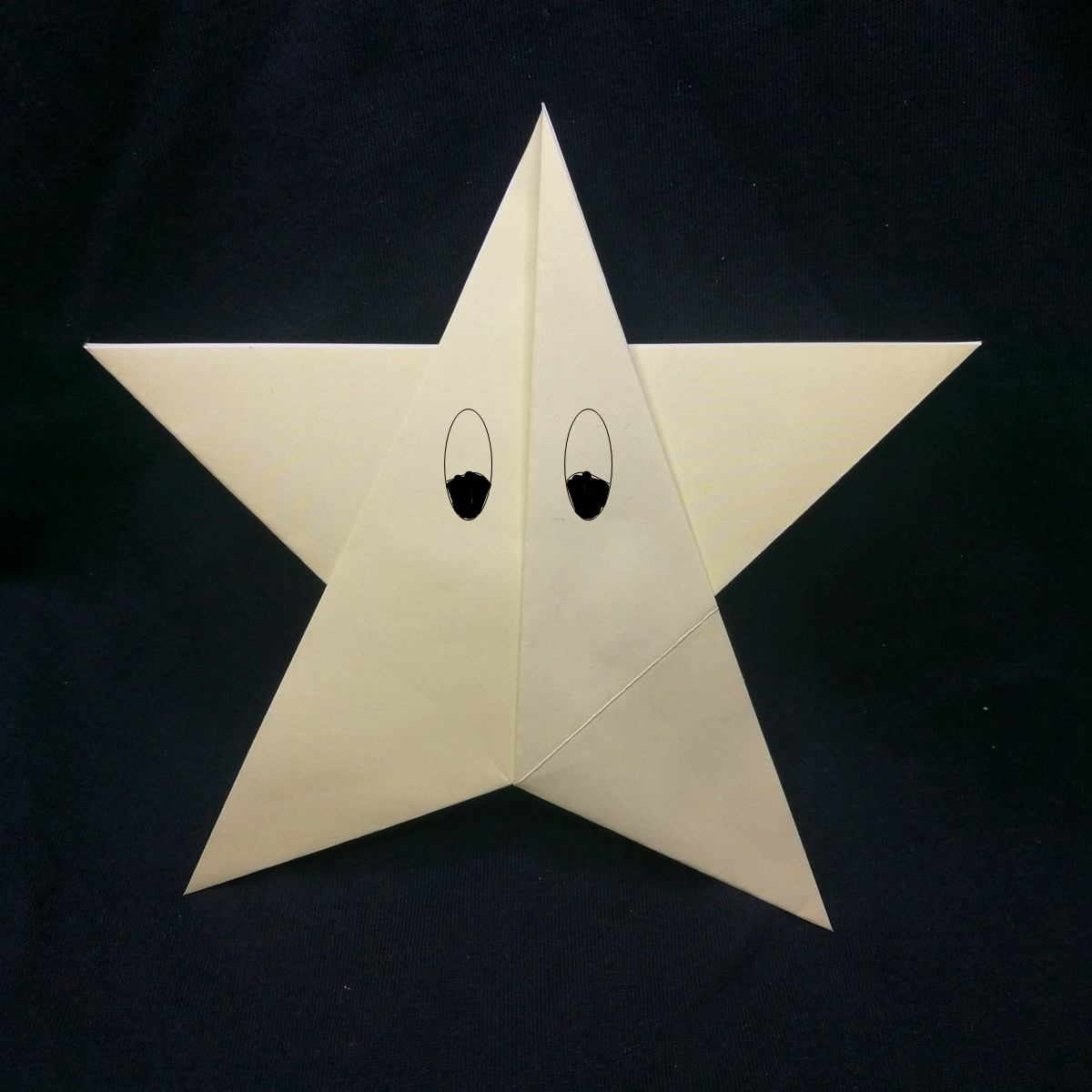 Simple 5 Point Origami Star Instructions | 1200x1200