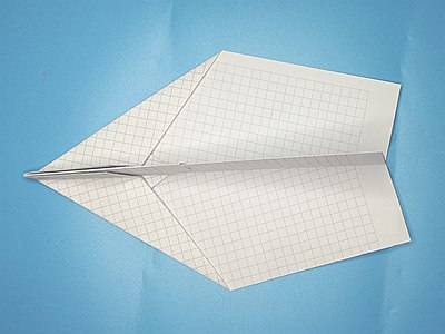 farthest-flying-paper-airplane-Step 11