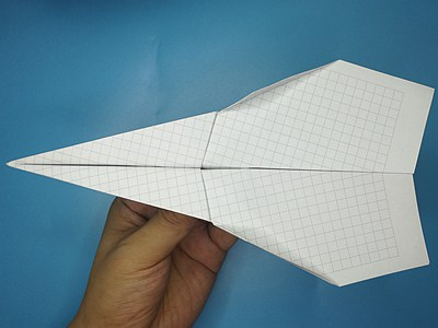 fastest-paper-airplane-Step 13-2