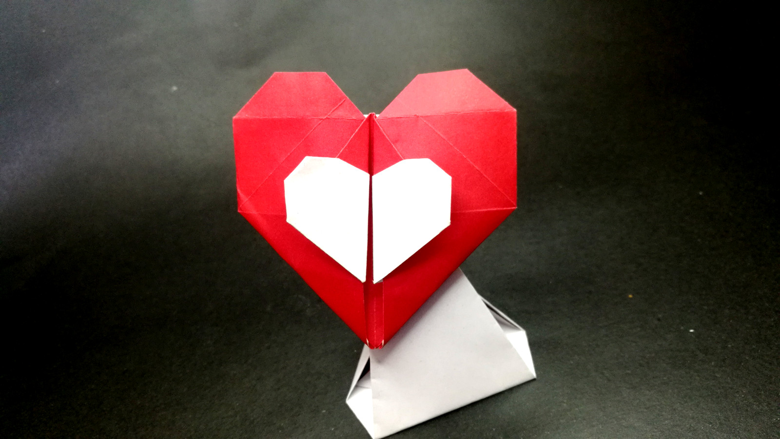 Origami Heart with Pleated Wings Folding Instructions | 901x1600